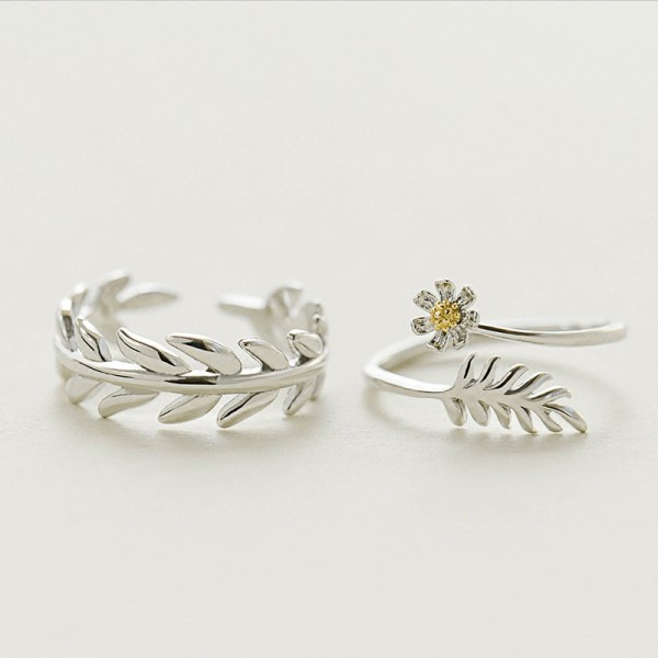 Original Design The Leaf And Flower Simple Lovers Ring