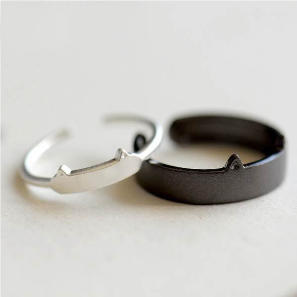 Original Design The Black Cat And White Cat Simple Lovers Ring