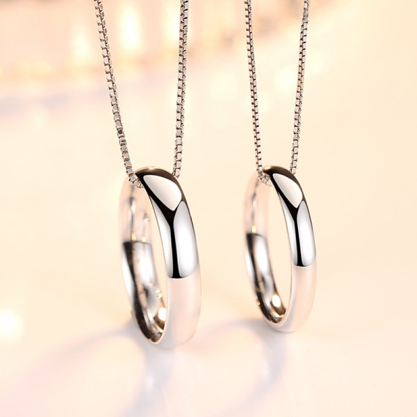 Simple Round Love Pendants Necklaces For Couple