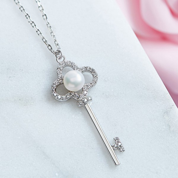 925 Silver Fashion Pearl & Rhinestone Ladies' Necklace With Chain