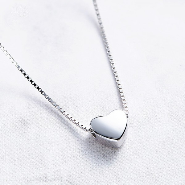 925 Silver Heart Ladies' Fashion Necklace With Chain