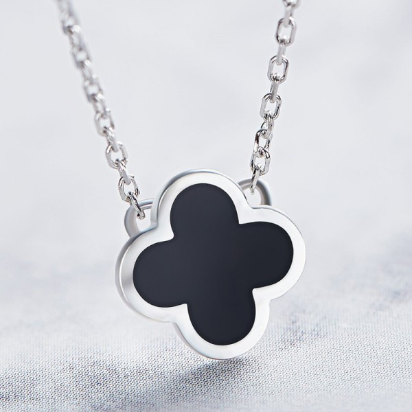 925 Silver True Love Clover Ladies' Lovely Necklace With Chain