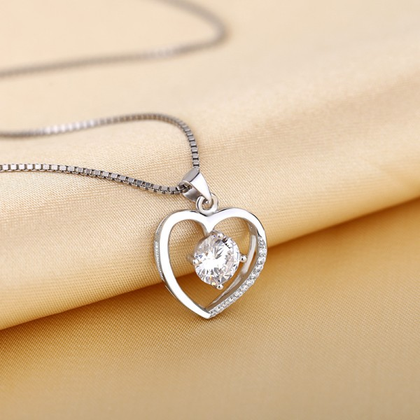 Silver 3A Zircon Ladies Necklace Romantic Pendant